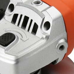 Black And Decker - 800W 125mm sarokcsiszol - KG752