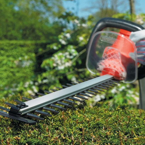 Black and Decker - HU Htrimmer 26mm blade gap 700W 710mm - GT7030