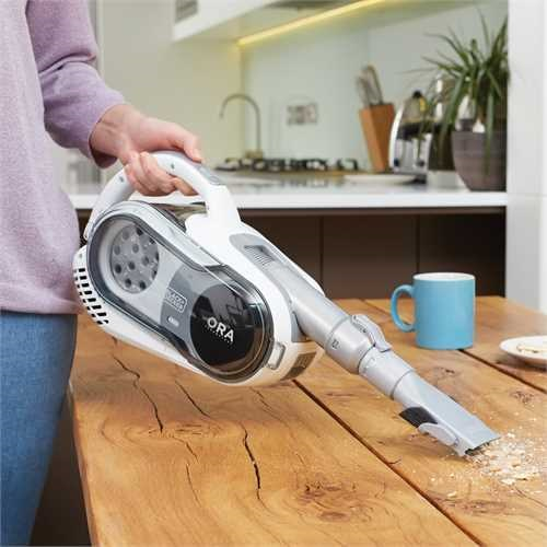 Black And Decker - 2 in 1 akkus porszv ORA technolgival - SVFV3250L